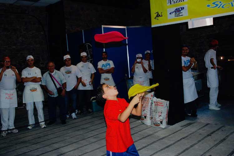 Acrobatic-Pizza_1