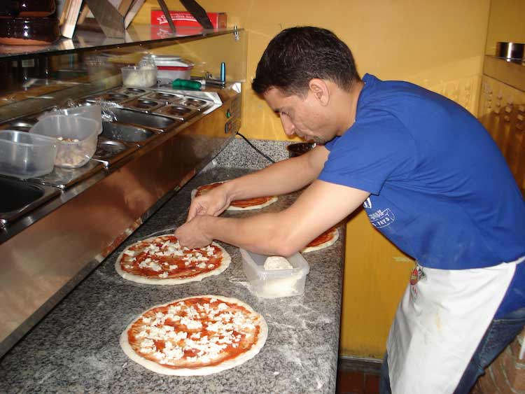 Pizza-Maker-Pizza-Toppings