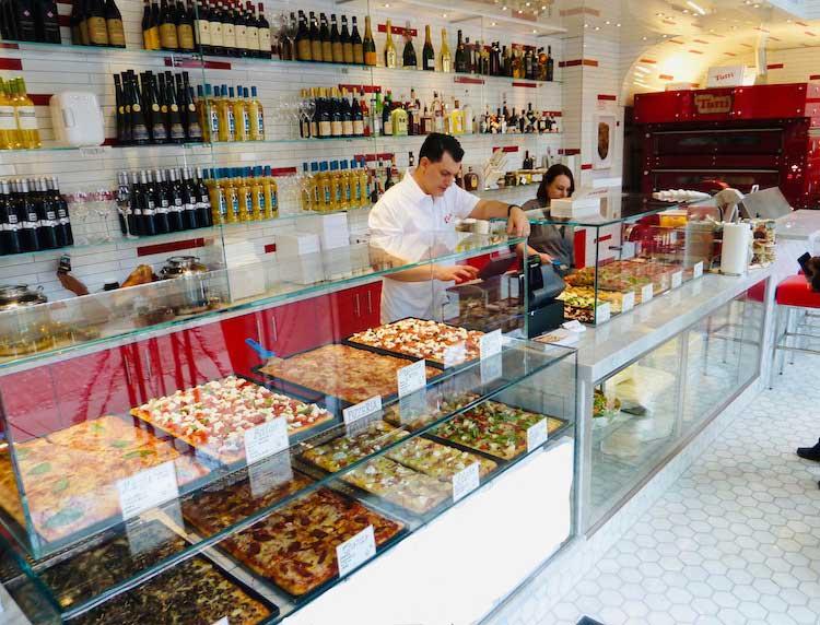 Pizza al Taglio alla Romana