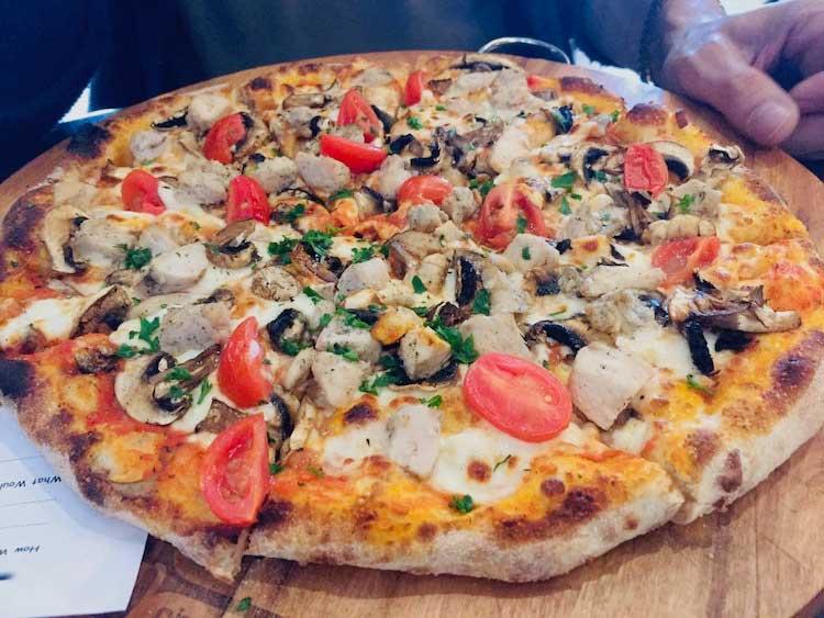Real Neapoletan Pizza